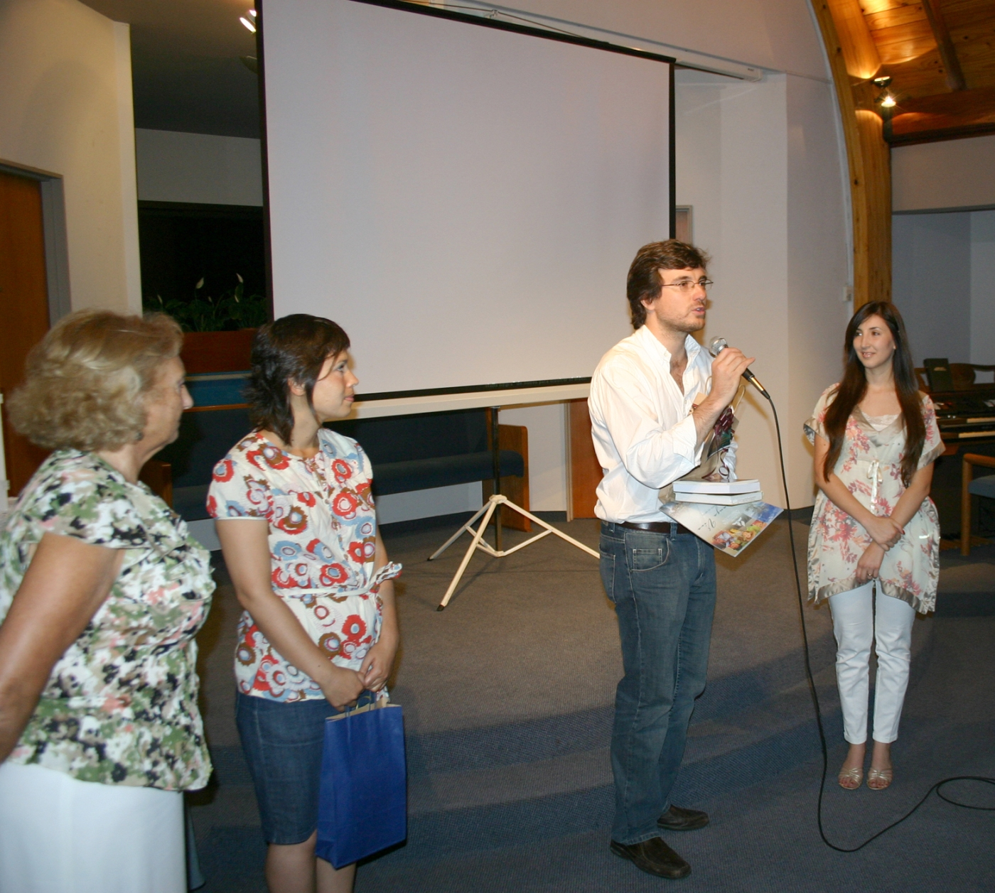 Int. Lucas Ghi, Beatriz Rosenblet y Virgina Vargas