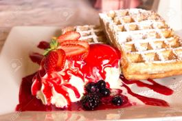 Waffles-crema y mermelada
